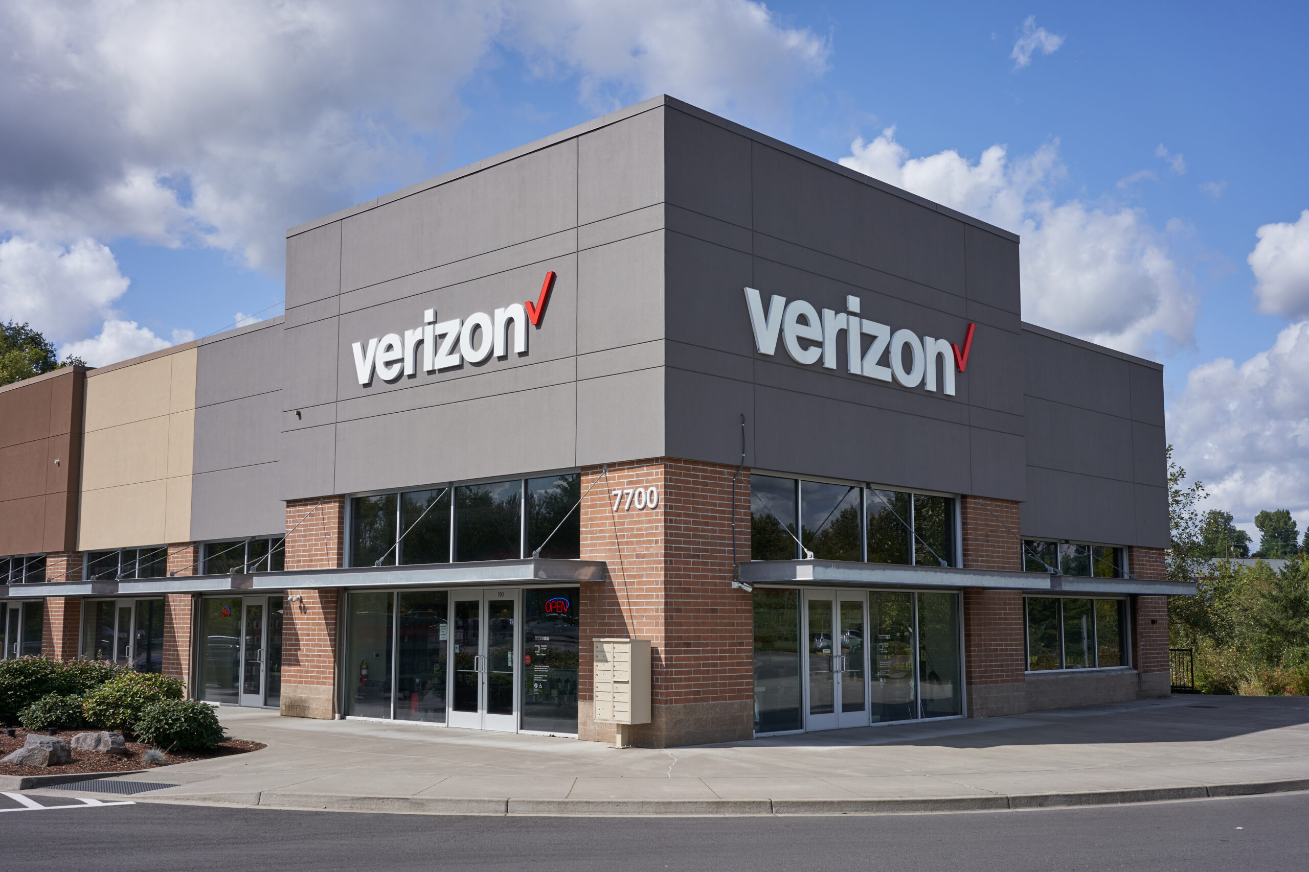 Exterior Photo Of Verizon Wireless Store